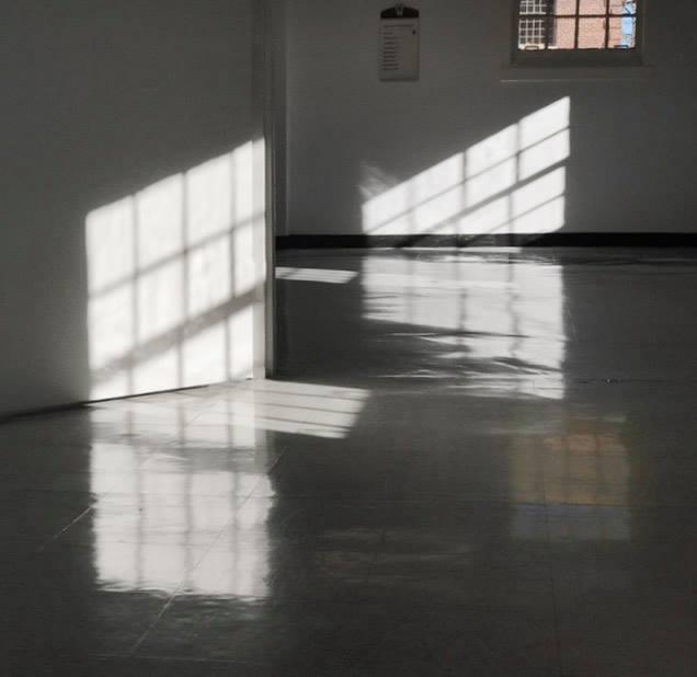 va walls with light